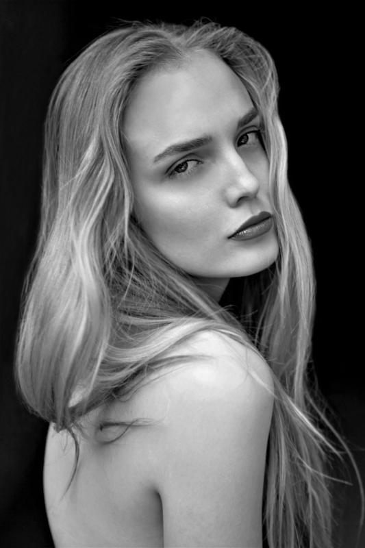 Daryna Cherkasova - Women mainboard