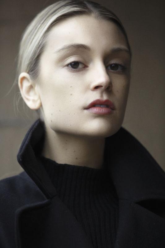 Alli Schaper - Women mainboard