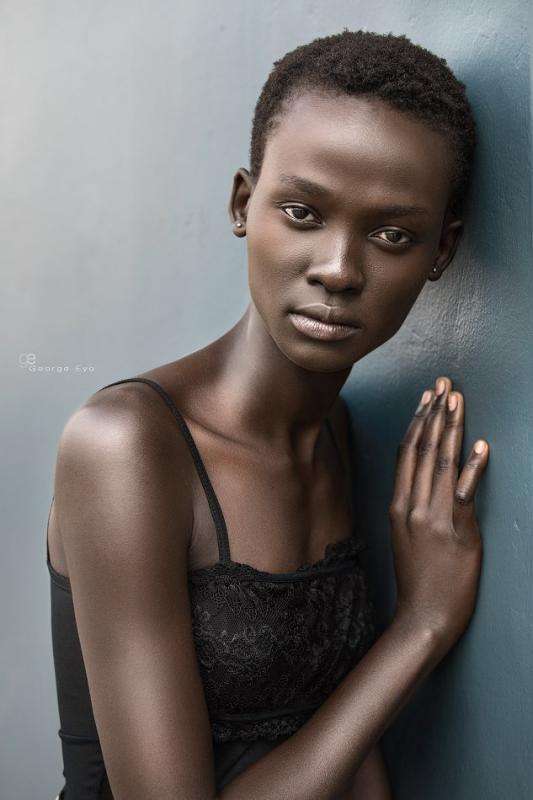 Aliet Sarah - Women image