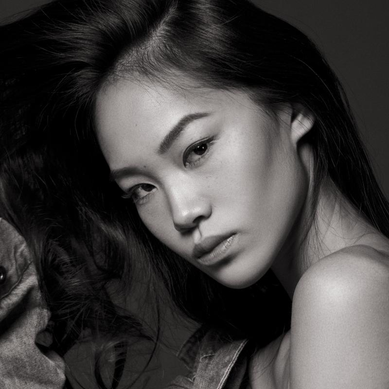CHLOE YU - Exclusive
