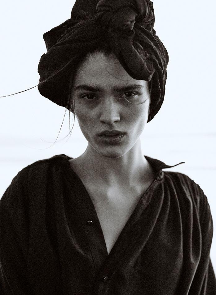 Alexandra Micu - Titanium