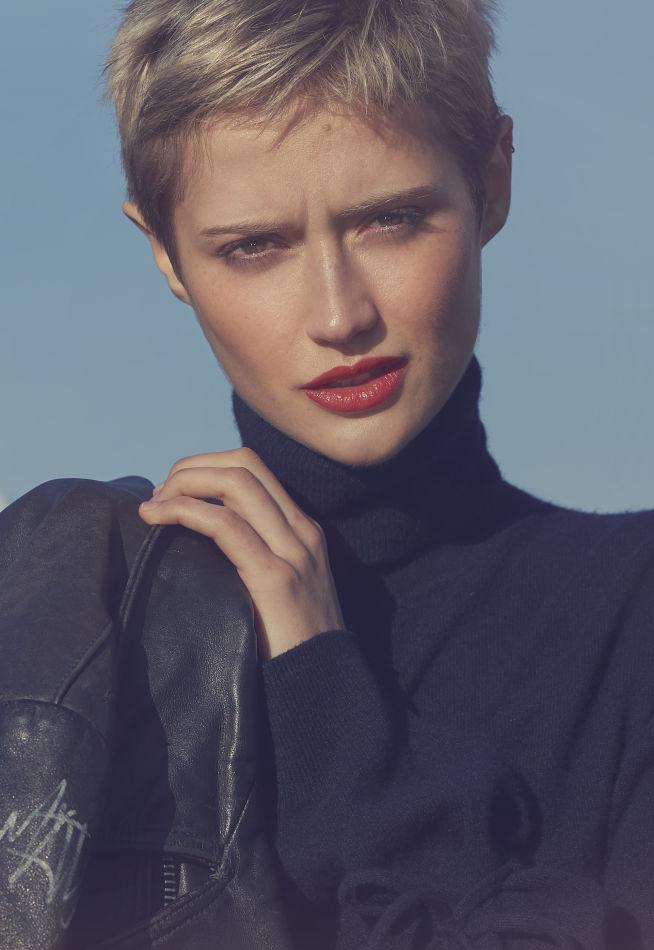 Vera Von Burhen - Titanium