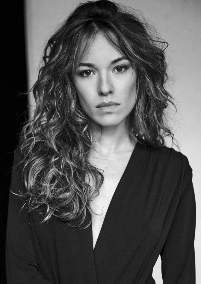 Elodie Fontan - Celebrities (web)