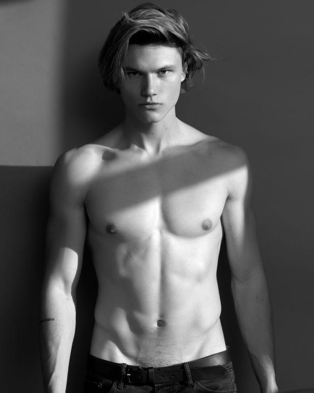 Cameron McMillan - Men