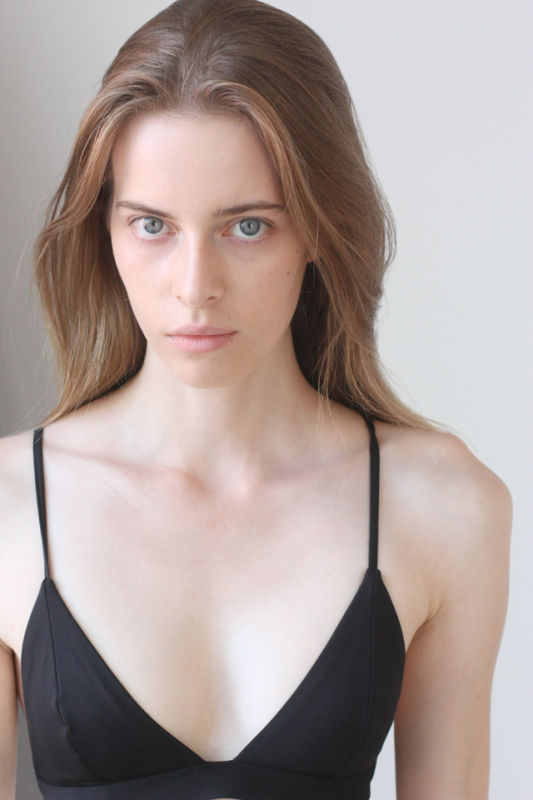 MIRANDA MANKOWSKA - Future faces