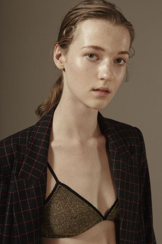 Kayleigh Van Heerde