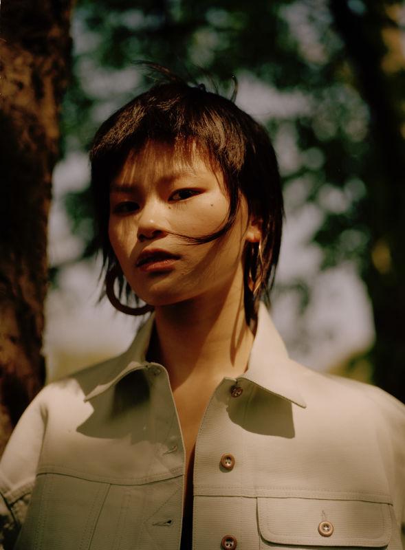 MENGGE YI - Future faces