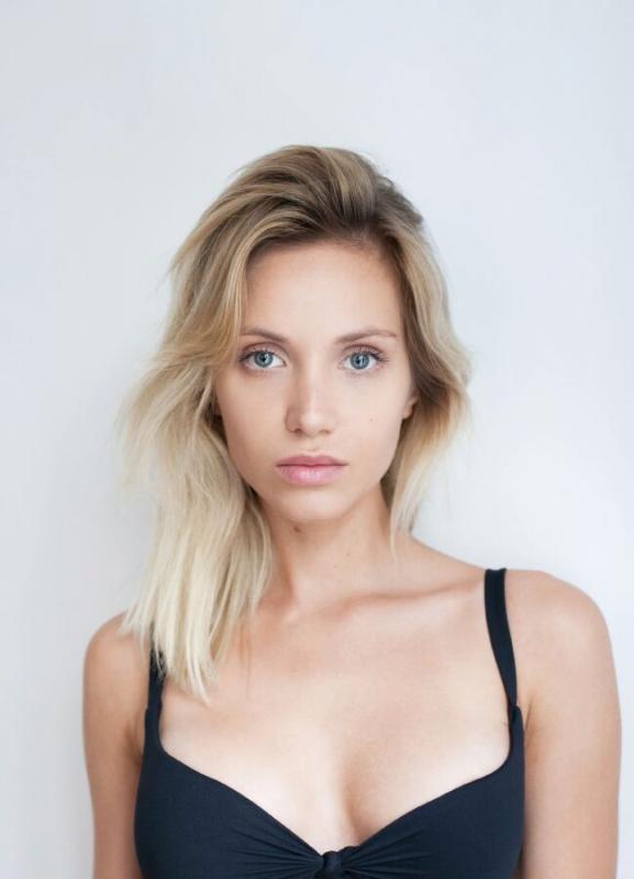 Sylwia Koronkiewicz - Mainboard