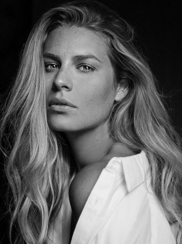 Chloe Hayward - Women