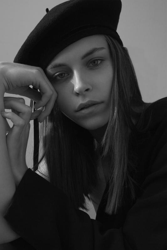 Mathilda Henrikson - Main women