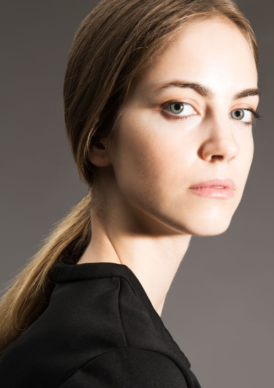 Maria Hermosa de mendoza - Women