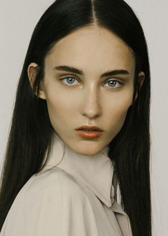 Lucie H - Women
