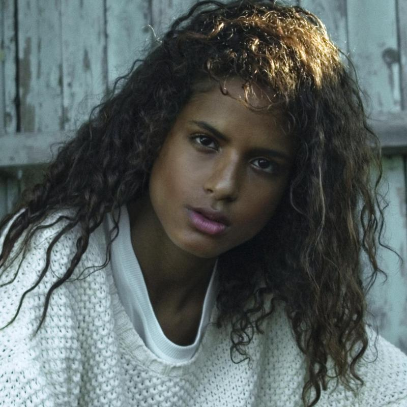 Angelique Cazanove - Women