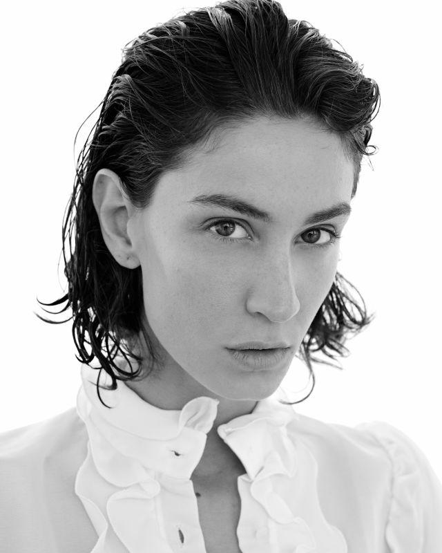 Helena Prestes - Women