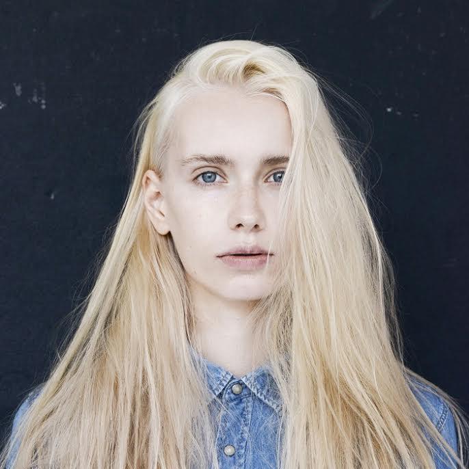 Anna Eberg - Women