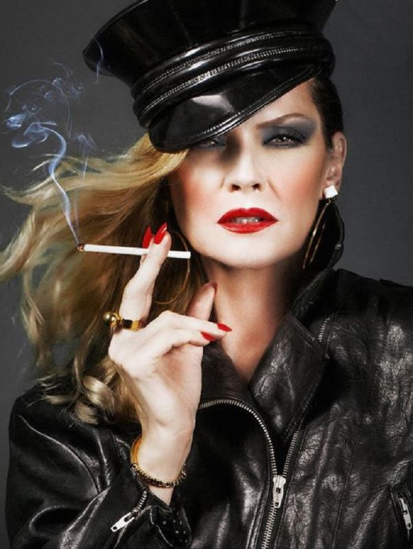 SYLVIA GOBBEL - Classic women