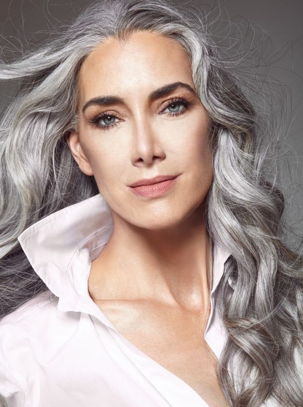 MANON CRESPI - Classic women