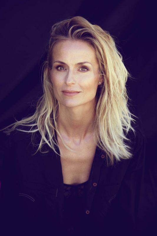 KARIN PERATHONER - Classic women