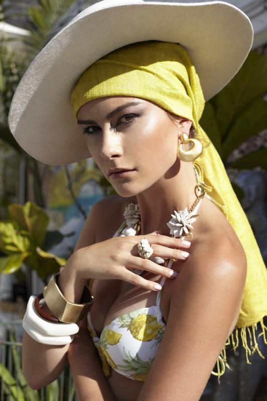 Ludie Senatus - Women - Make-up