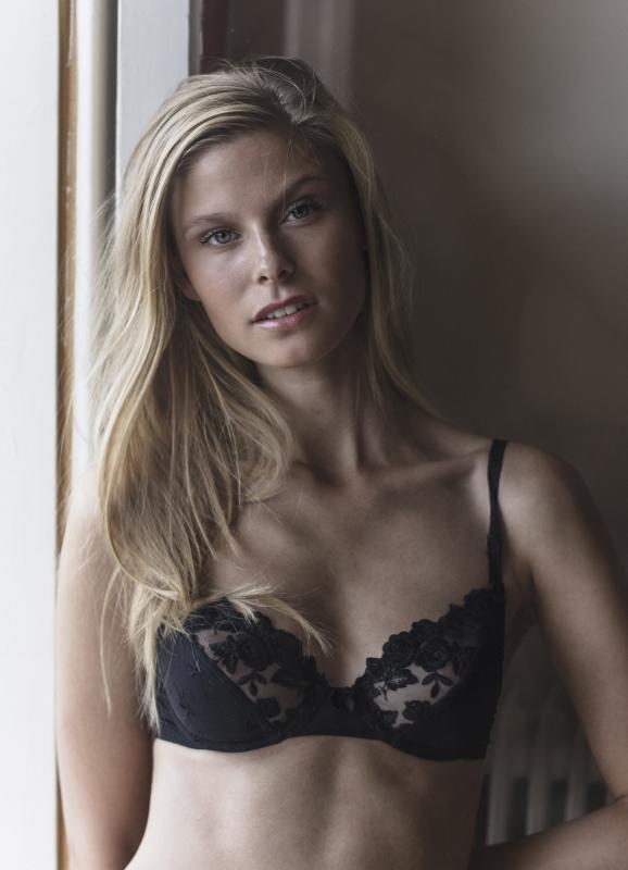 Katrine R