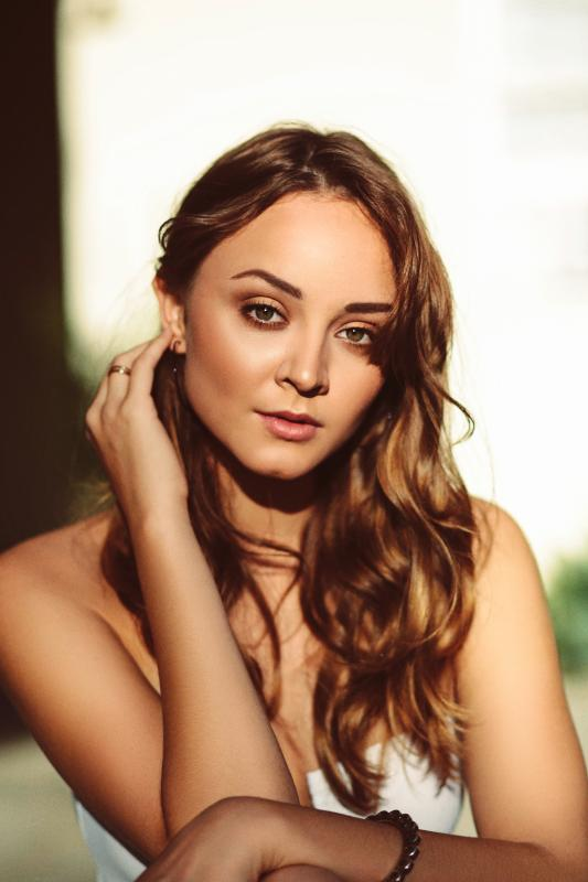 LAURA BILGERI - La mainboard (website)