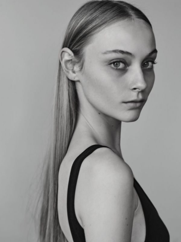 ANNA SOPHIA EVERS - - new faces