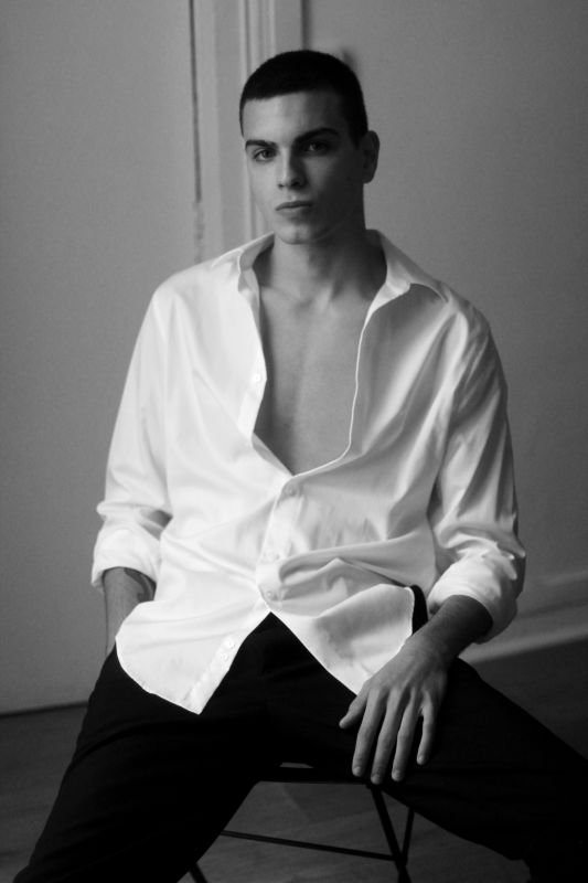 Theo Grossriether - - new faces