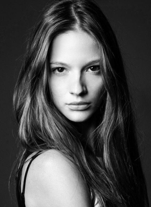 Roberta Cardenio - - models