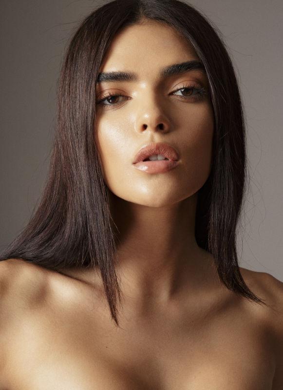 Karyta Santos - La women