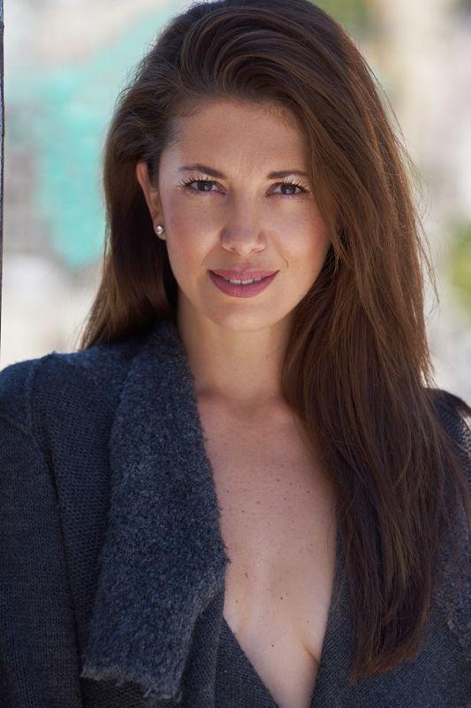Caroline DeLima