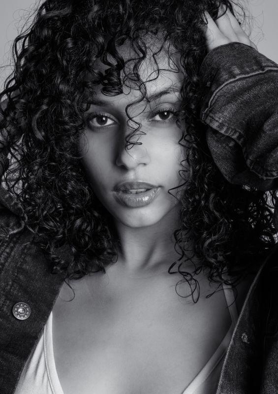 Breah Hicks - La women