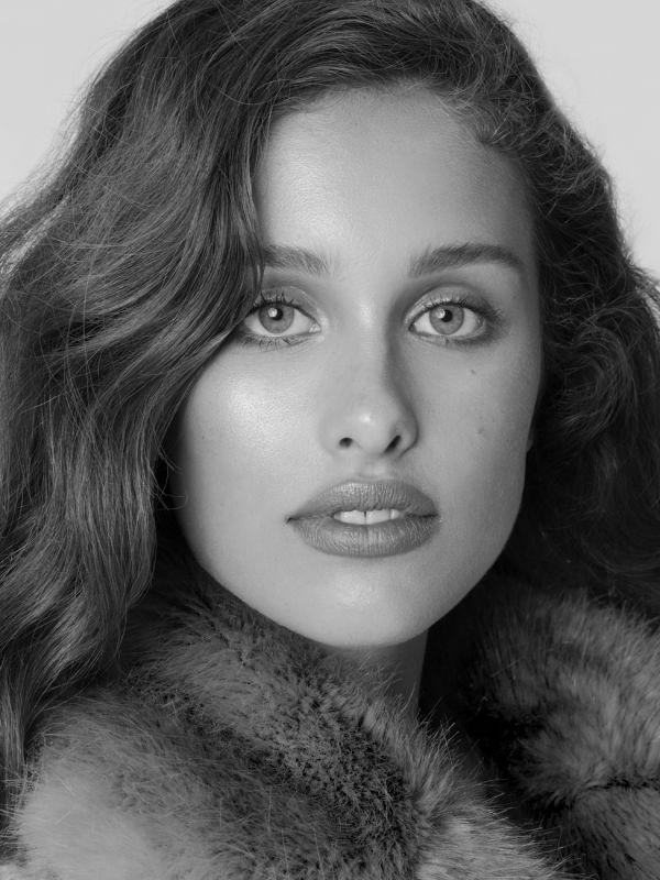 Nicole Weinstein - La w new faces