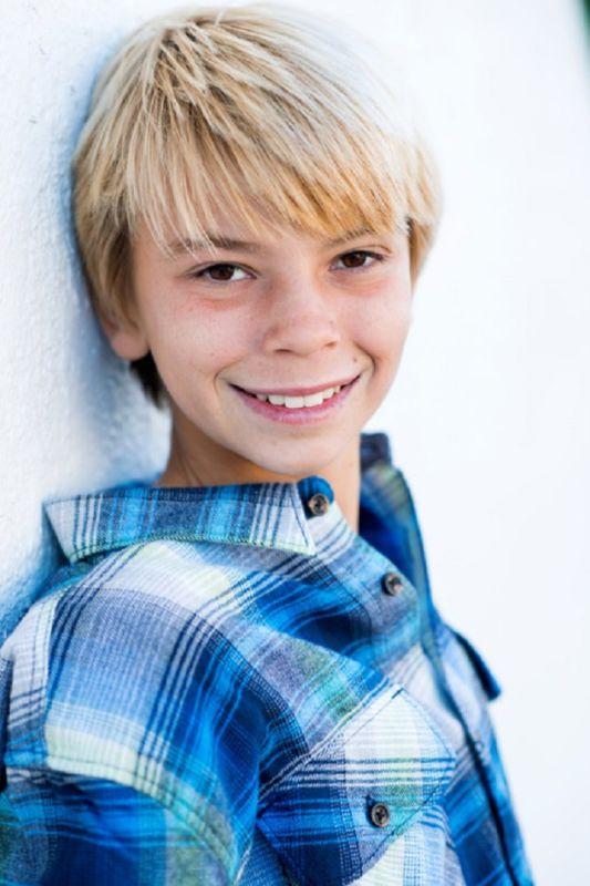 Luke MacNaughton - Sf youth boy