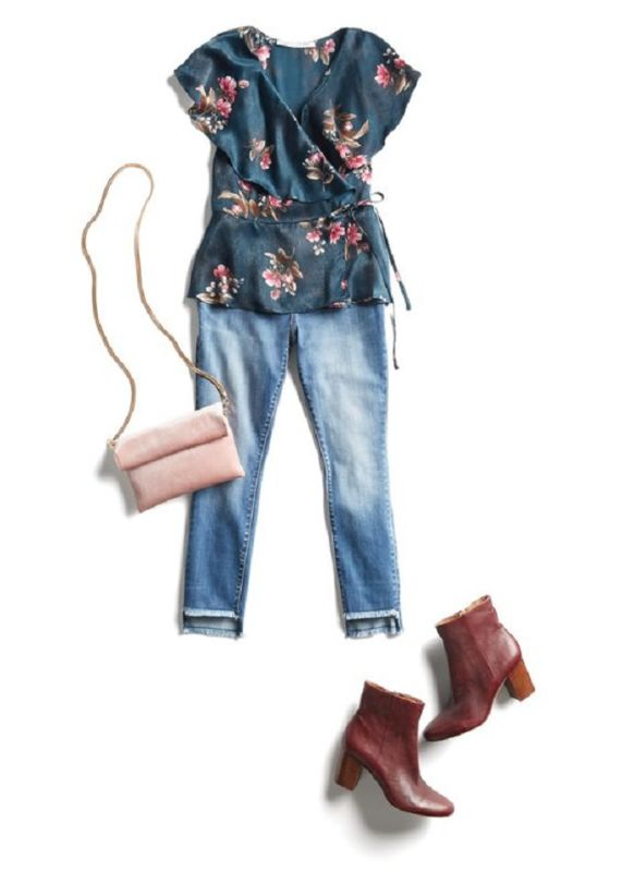 Kenyatta Jones - Table Top & Laydown Stylist