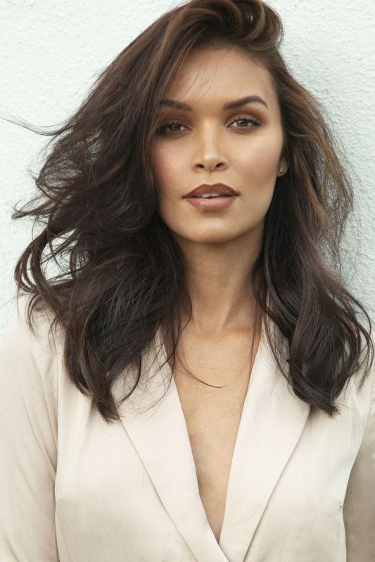 Vanessa Curry - Sf women