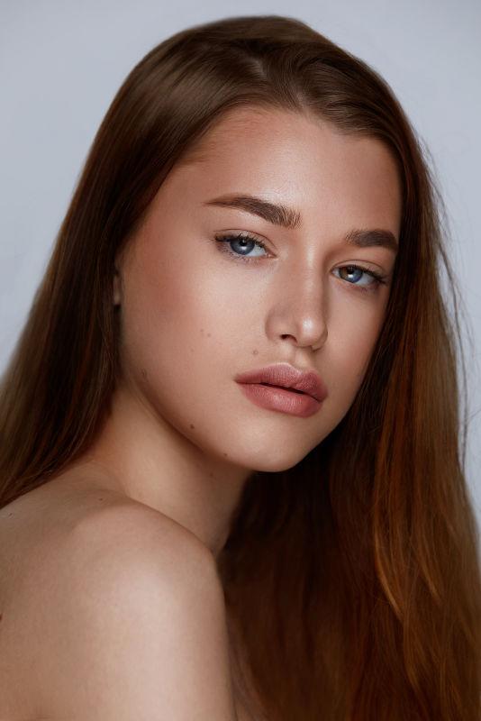 Grace Farrell - Sf w new faces